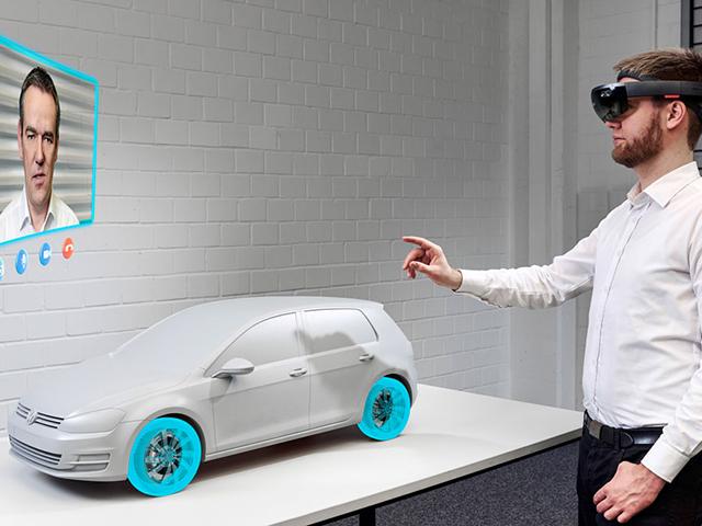 Dipendenti del gruppo Volkswagen progettano delle auto virtualmente