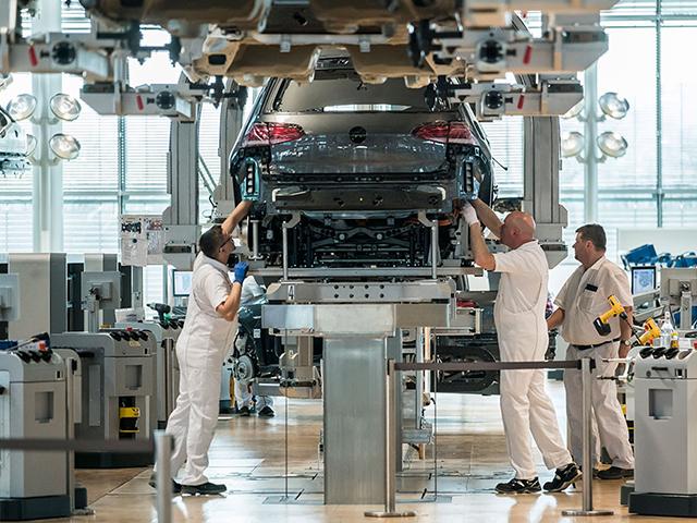 I tecnici di produzione del Gruppo Volkswagen