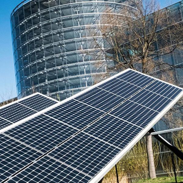 La Fabbrica di Vetro di Dresda: il futuro a emissioni zero