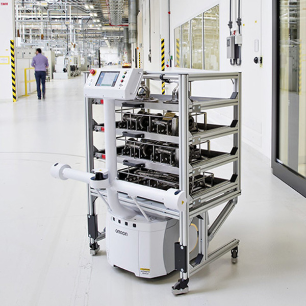 Industry 4.0, a fully autonomous robot for carrying parts