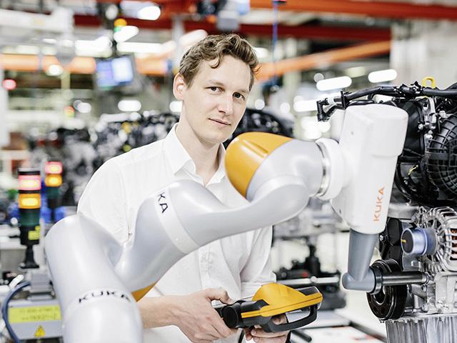 Smart Production Lab: dove i robot prendono vita