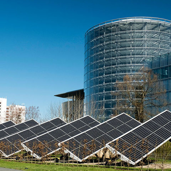 Renewable energy for a genuinely sustainable electric mobility