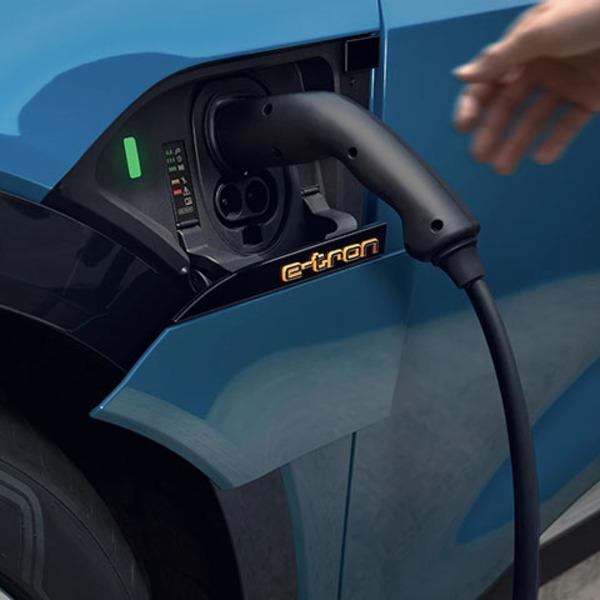 Guida pratica alla ricarica di un'auto elettrica