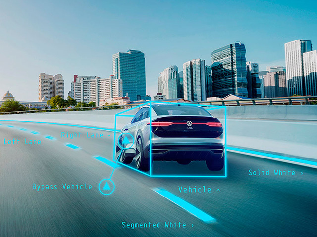 Reti neurali artificiali, la chiave per la guida autonoma