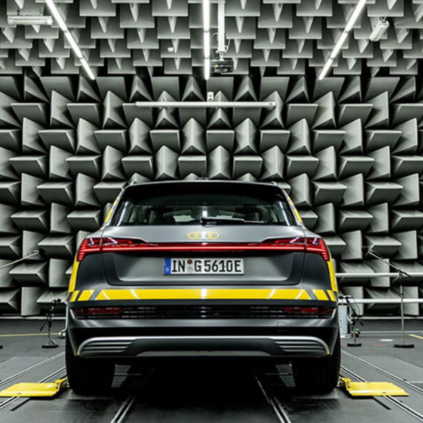 A recording studio to give a voice to electric cars