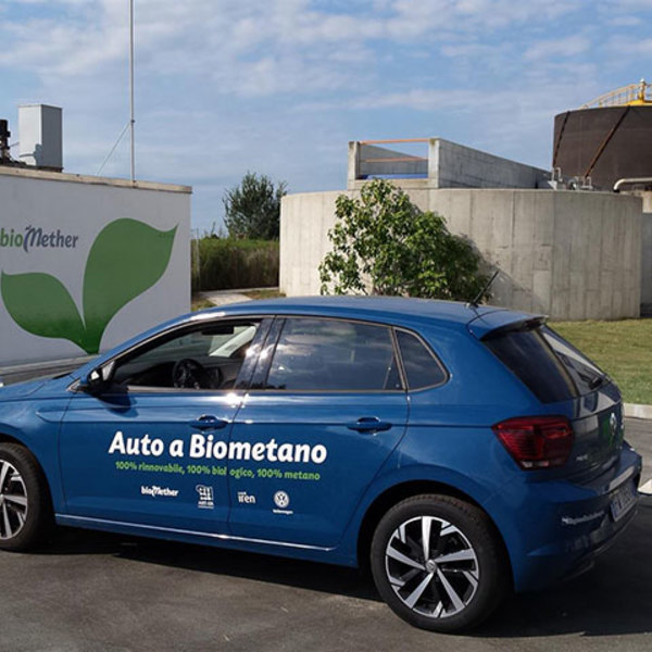 Biomethane: kick off for a test in Italy with Volkswagen
