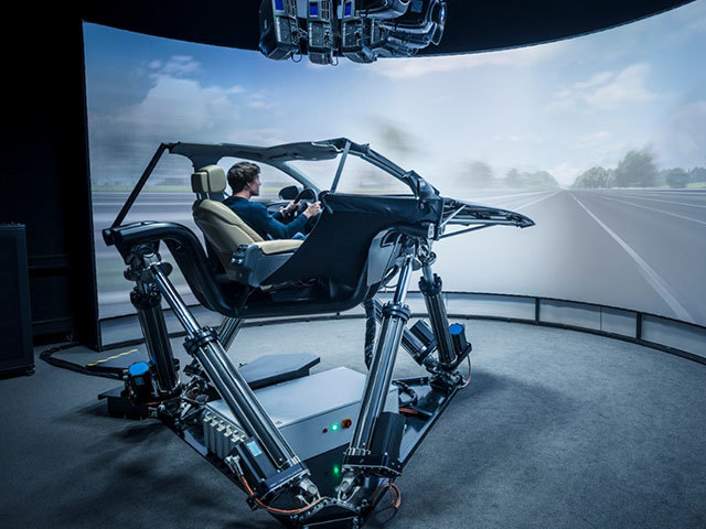 The driving simulator, a precious tool to develop vehicles