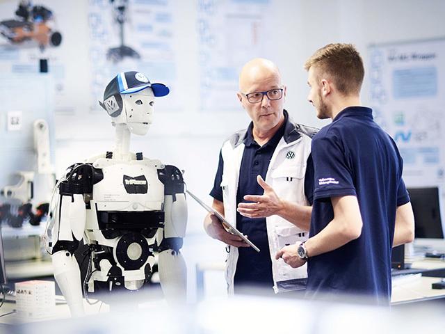 Formazione d'eccellenza e sguardo al futuro: il Volkswagen Training Institute