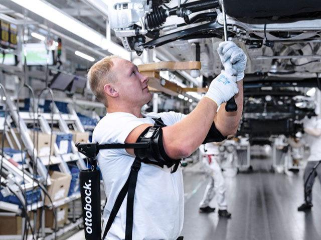 Migliorare ergonomia ed efficienza con gli esoscheletri
