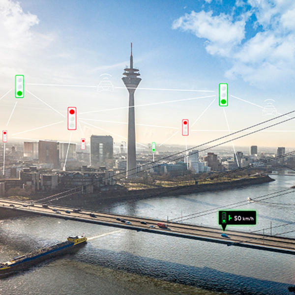 Audi Traffic Light Information: driving connected to the city