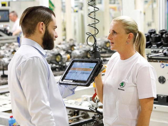 Efficient and safe: digital production at ŠKODA