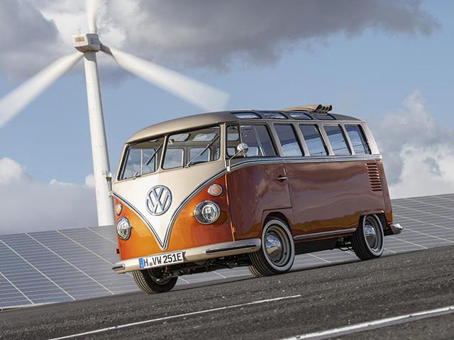 Volkswagen e-BULLI, la seconda vita (elettrica) di un mito