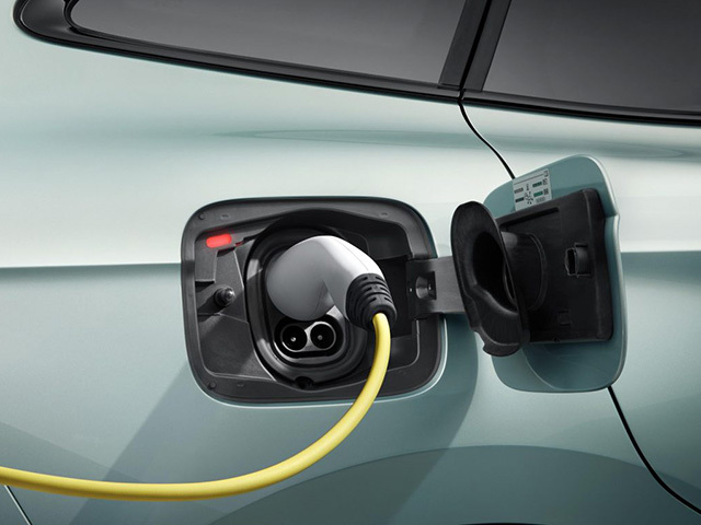 E-mobility: ŠKODA, a single card to recharge anywhere in Europe
