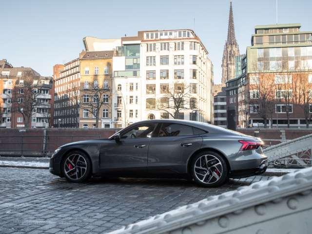 Alluminio a basse emissioni di CO2 per i cerchi dell'Audi e-tron GT