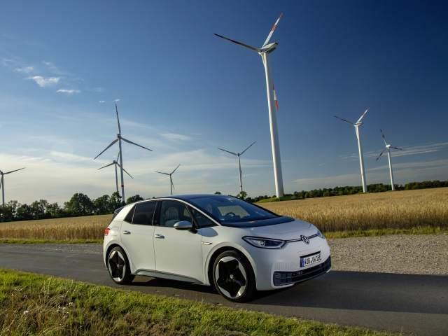 Europa: nel 2020 il sorpasso dell'energia rinnovabile su quella fossile